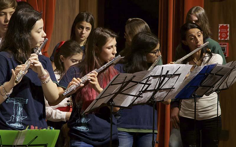 Colegio Maestro Diehl - Niños Músicos